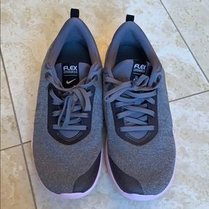 NEW Nike Flex Experience Sneakers/Tennis Shoes